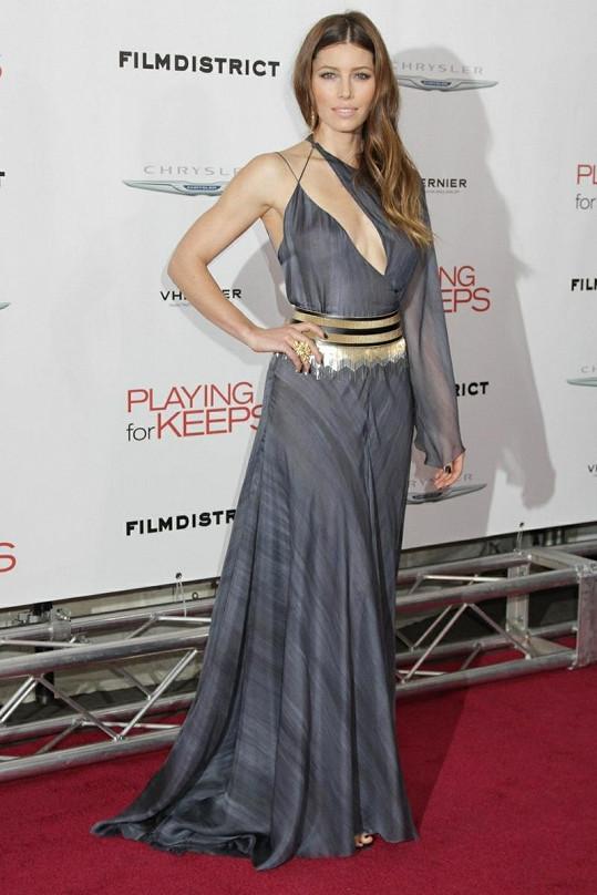 Jessica Biel opět předvedla své ženské půvaby.