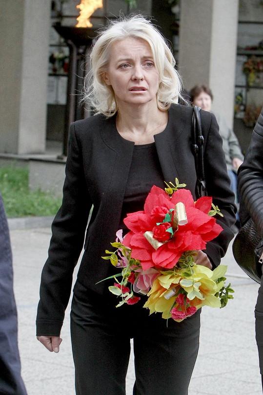 Veronika Žilková přinesla kytici z pouti.