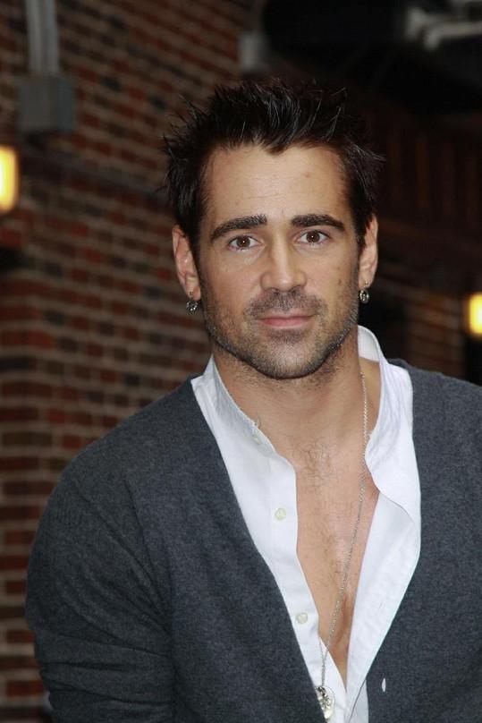 Colin Farrell je podle Jessicy Biel skvělým hercem.