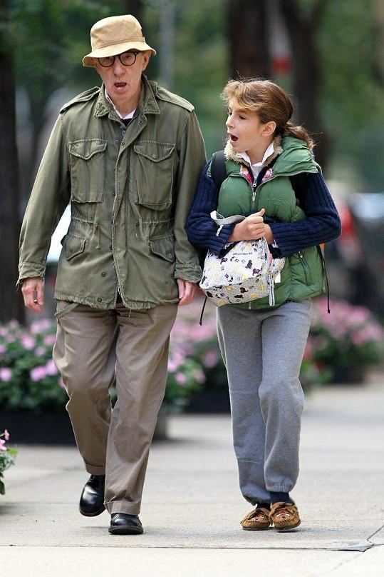 Nevypadalo to, že se Woody Allen vyspal do růžova.