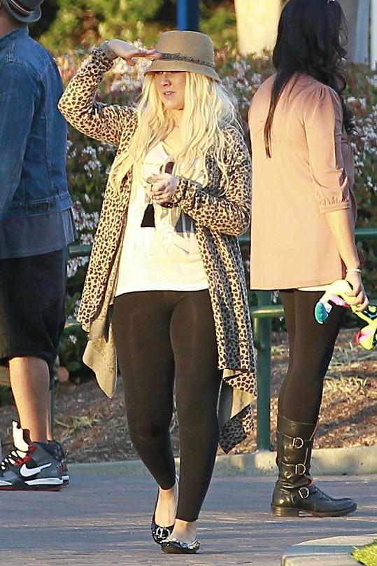 Aguilera stále nosí své oblíbené legíny.