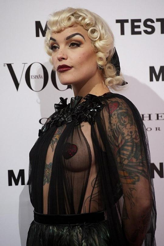 Model známé Španělky byl na párty tématem číslo jedna.