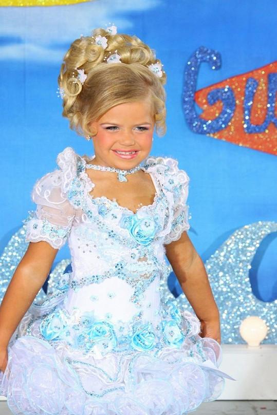 Maddy absolvovala již řadu dětských soutěží krásy.