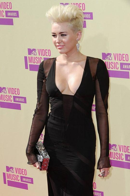 Miley Cyrus upravená.