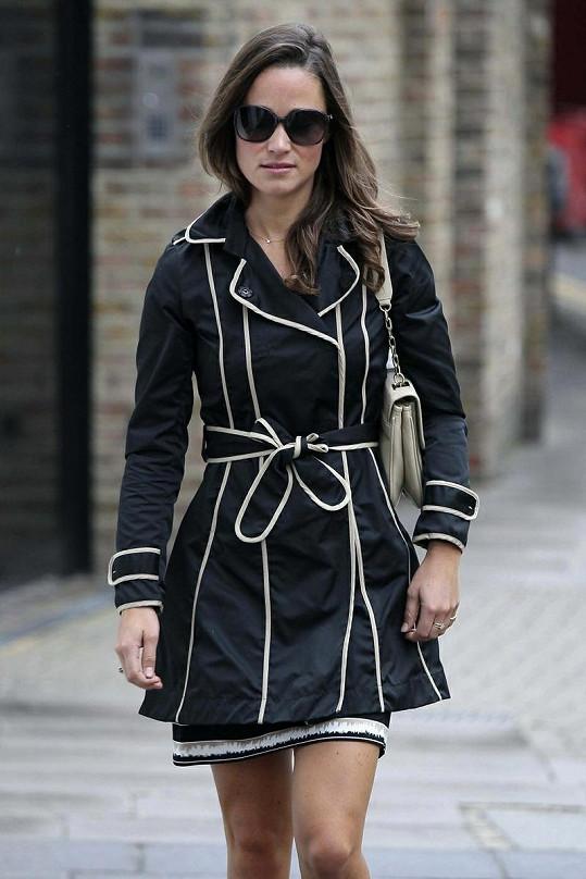 Pippa v Londýně.