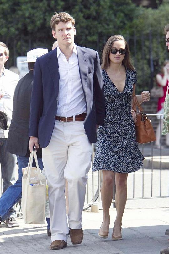 Pippa Middleton se svým přítelem Alexem Loudonem.