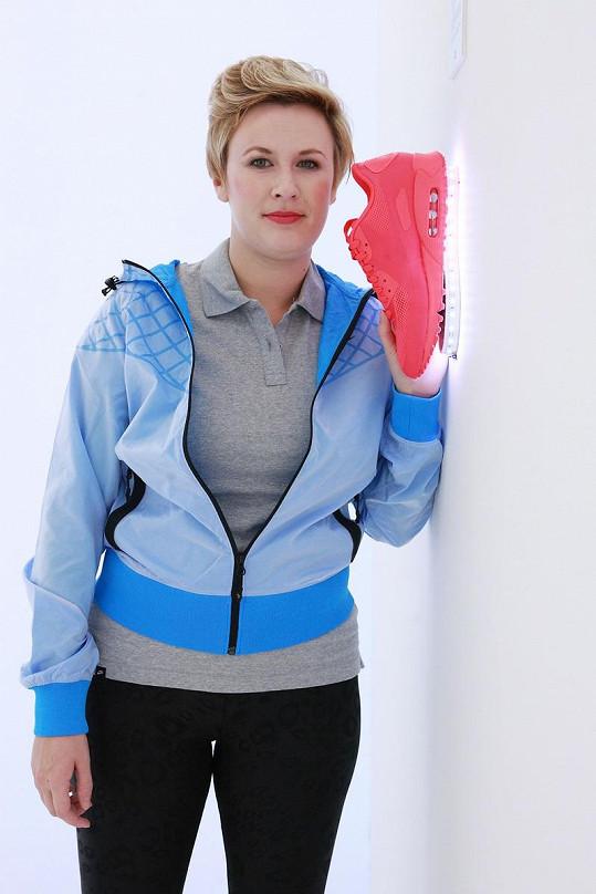 Tereza na prezentaci sportovní módy.