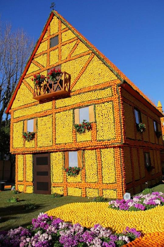 Pokud sháníte bydlení, tento voňavý domeček pro vás bude jistě tím pravým hnízdečkem lásky.