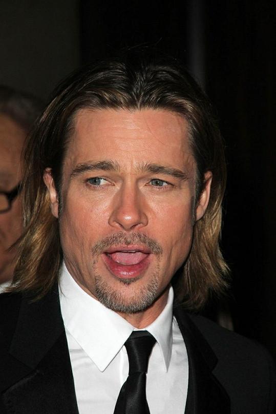 Slavný herec na svou krásu dbá.