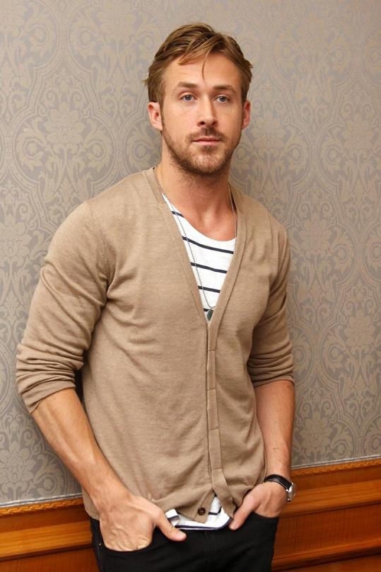 Daniel má prý slabost pro Ryana Goslinga. Ten je ale šťastně zamilovaný do Evy Mendes.