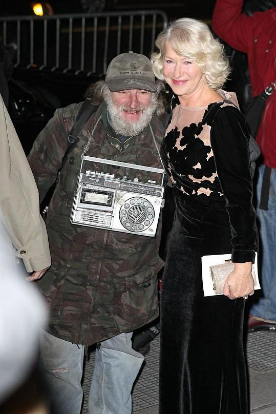 Helen Mirren s Radiomanem v New Yorku.