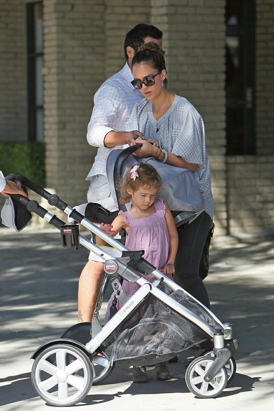 Jessica Alba s rodinou.