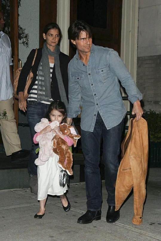Malá princezna s rodiči.
