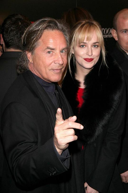 Don Johnson s Dakotou, která vypadá jako Melanie za mlada.