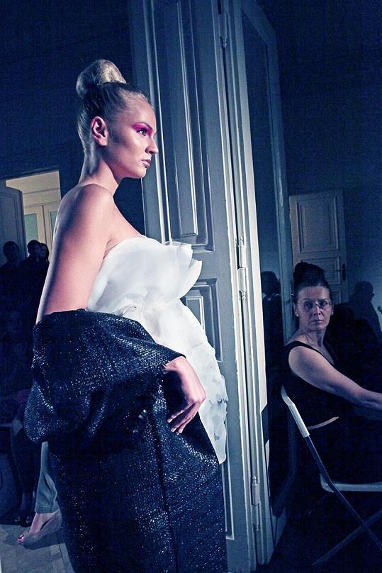 Přítomní obdivovali jednak modely Liběny Rochové a zároveň půvaby České Miss Earth 2012.