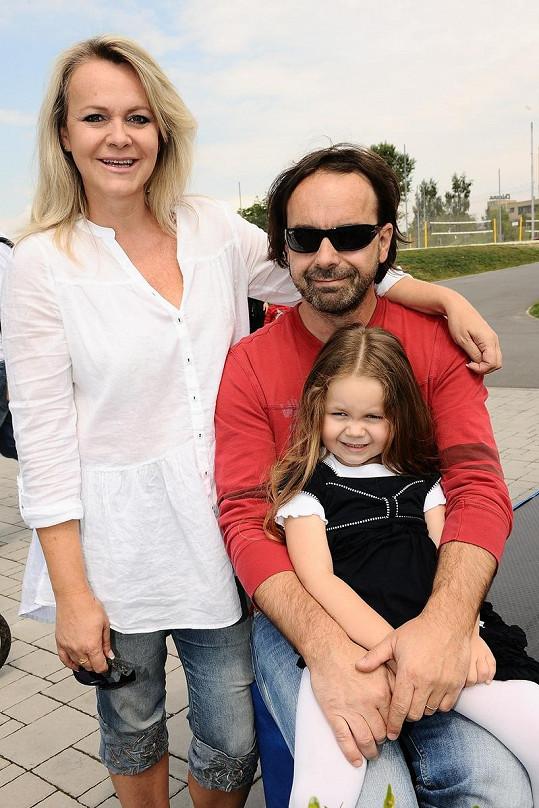 Lenka Hornová s partnerem Liborem Kodadem a dcerou Laurou