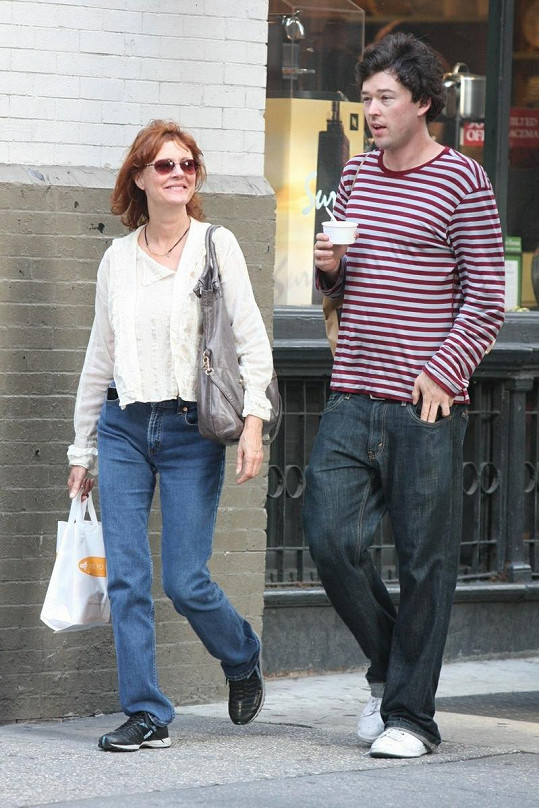 Susan s Jonathanem na procházce v New Yorku.