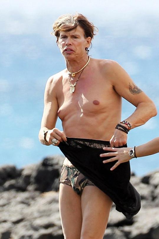 Steven Tyler si užíval dovolené u moře.