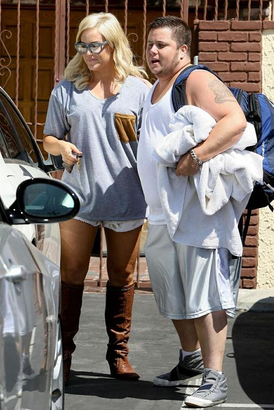 Chaz Bono a Lacey Schwimmer, taneční partneři v show Dancing With The Stars.
