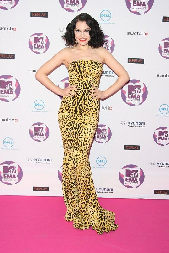 Jessie J vystřídala hned tři modely.