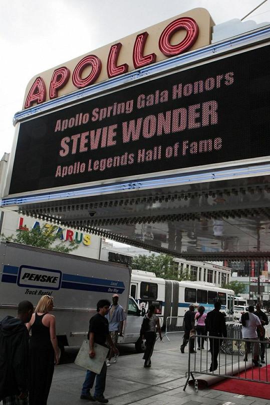 Stevie Wonder je v Síni slávy.