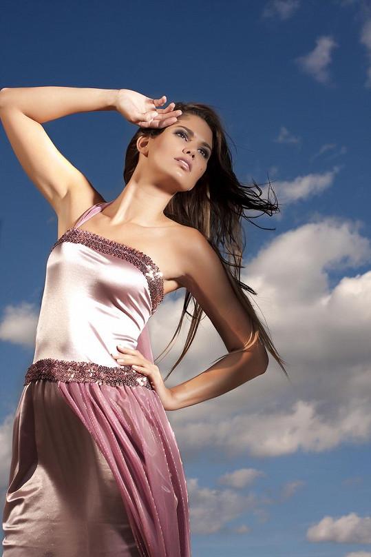 Modelka Smatanová patří k nejkrásnějším českým dívkám.