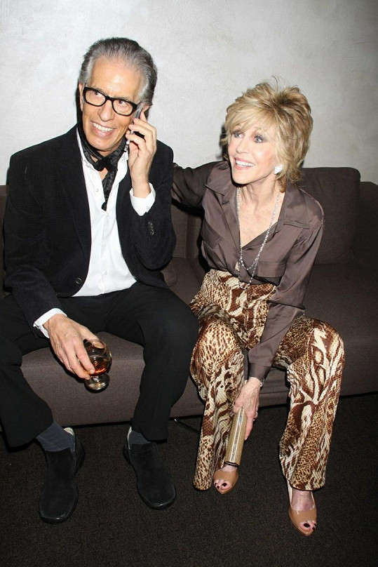 Fonda se svým snoubencem Richardem Perrym.