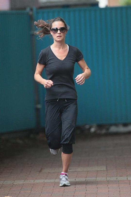 Běhání Pippě Middleton pomáhá zapomenout na starosti.