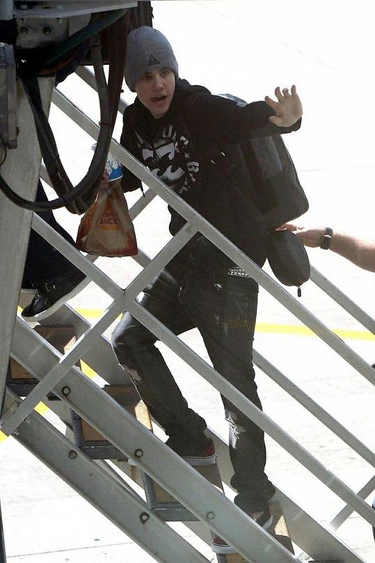 Justin Bieber létá často. Svůj strach proto musí přemoci.