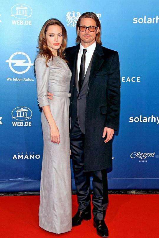 Brad Pitt a Angelina Jolie.