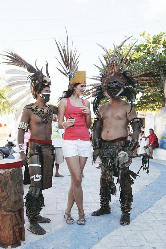 S domorodými mayskými válečníky.