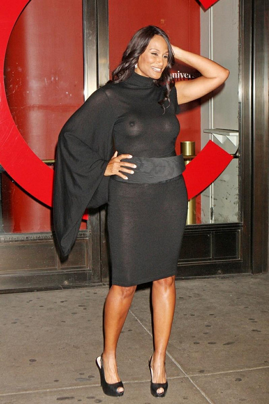 Beverly Johnson si nejspíš neuvědomila, jak průhledné její šaty budou.