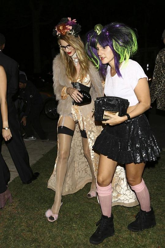 Rosie na Halloween odhalila skoro vše, kamarádka měla také zvláštní model.