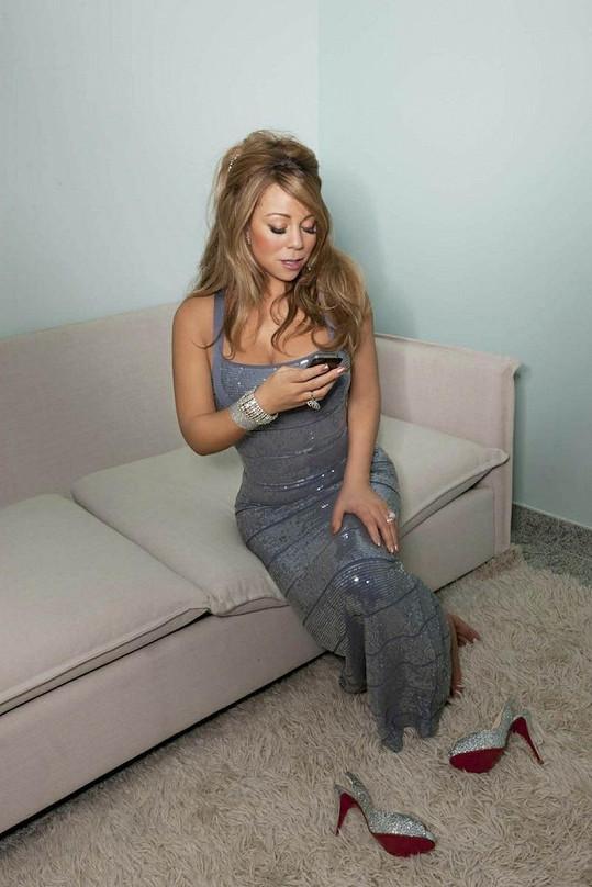 Mariah shodila přebytečné kilogramy a vypadá skvěle.