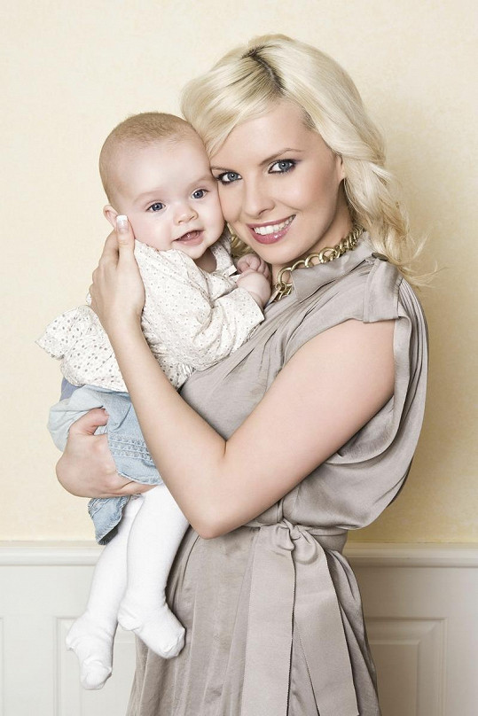 Kateřina Kristelová s devítiměsíční dcerou Claudií.