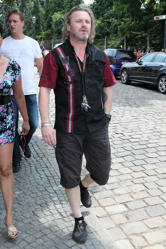 Pepa Vojtek se snažil něco pochytit od stylisty Hlasu Filipa Vaňka. K dokonalosti má ale ještě daleko.