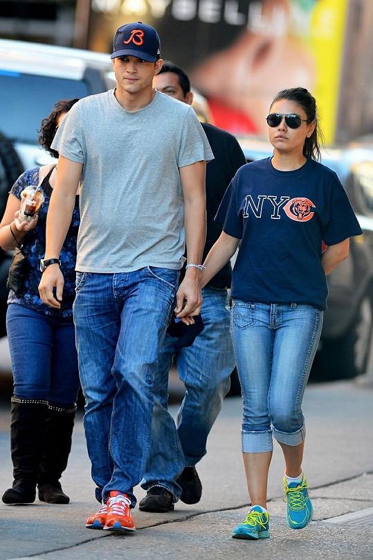 Mila Kunis odmítla hercovu nabídku k sňatku.