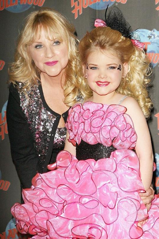 Eden Wood s matkou na slavnostním představení její nové reality show Eden's World.