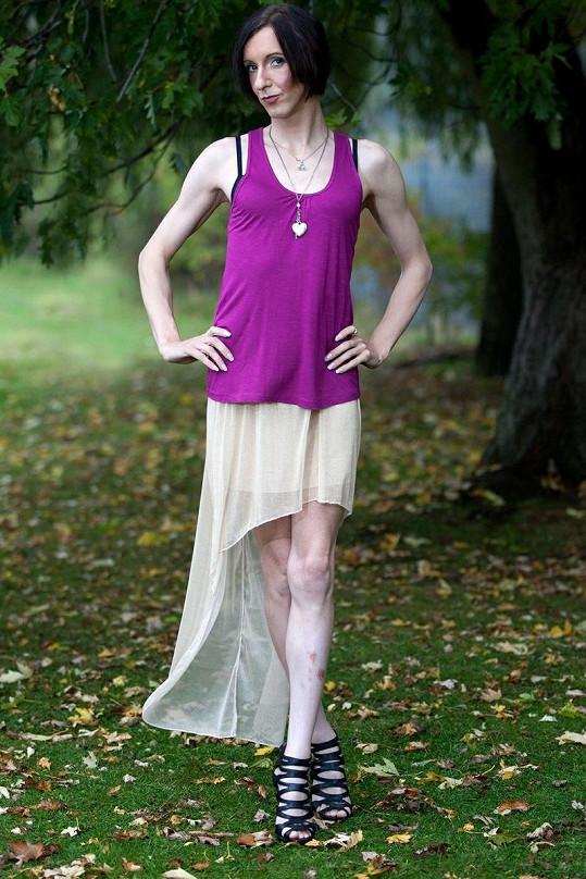 Antony se proměnil v modelku Lisu, která nyní nemá o peníze nouzi.