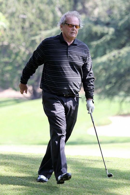Jack Nicholson na golfovém hřišti.