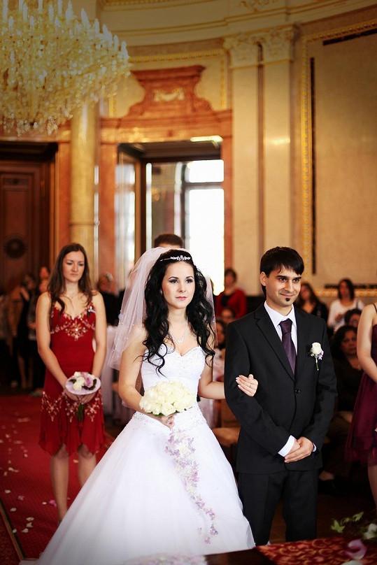 Krásná Veronika už je Radkovou manželkou.
