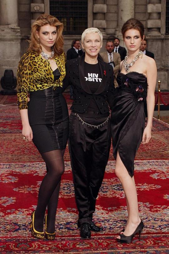 Annie Lennox se svými dcerami Lolou a Tali (vpravo).