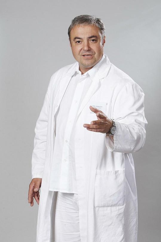 "Takhle herce vídáme jako doktora Bohdana ""Bobo"" Švarce v Ordinaci."