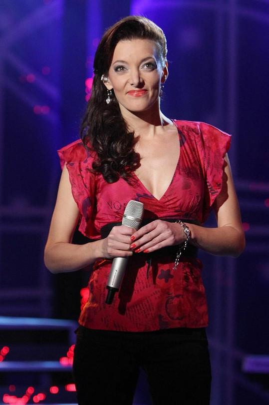 Dasha je nejštíhlejší česká zpěvačka.