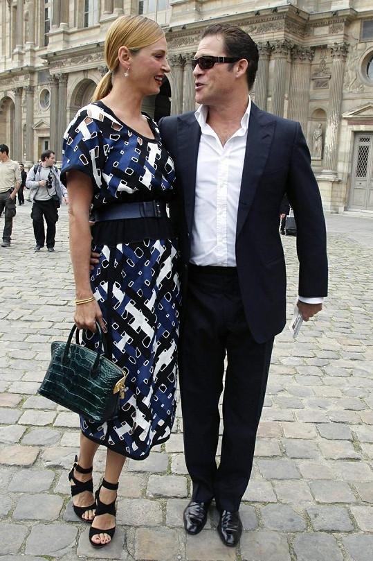 Uma a Arpad se po dvouleté pauze k sobě minulý rok opět vrátili. Navštívili spolu přehlídku Louis Vuitton.
