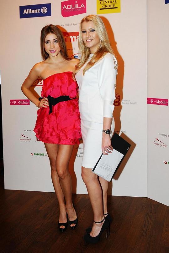 Jitka Nováčková s Českou Miss World Denisou Domanskou.