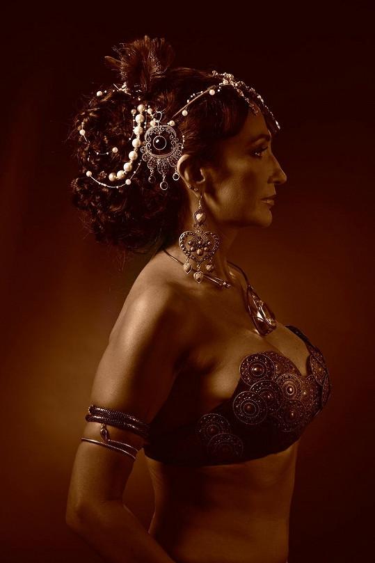Sisa Sklovska měla prý podobně těžký život jako Mata Hari.