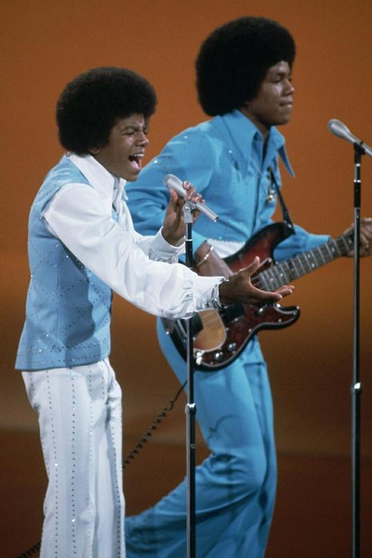 Michael a Jermaine Jacksonovi na archivním snímku.