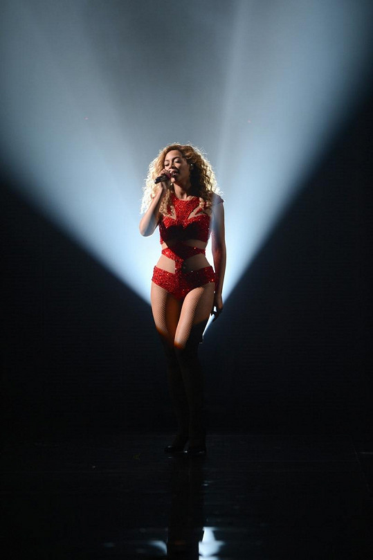 Každodenní cvičení a zdravá strava- to je způsob, jakým Beyoncé shodila přebytečná kila.