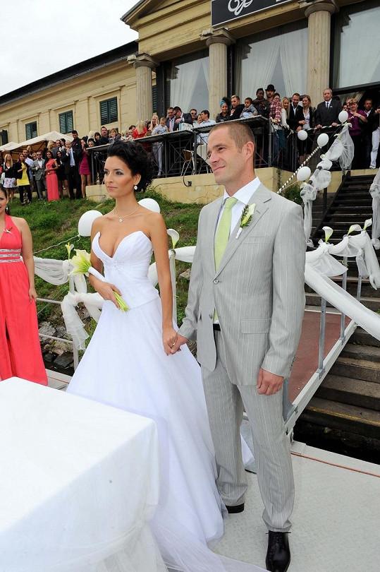Petr Zvěřina a Nikol Plzáková jsou moc šťastní.